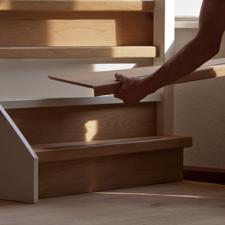 Vakkundig trap laten bekleden met hout